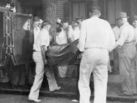 Public display of Dillinger's body in Chicago.