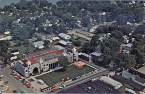 Camelot Square and the International Palace of Sports in the early 1970s. [Click for a larger picture]